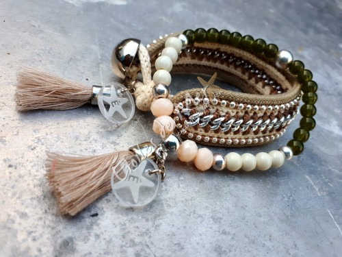 É-bracelet in lichte leverkleur met roomwit - e 20