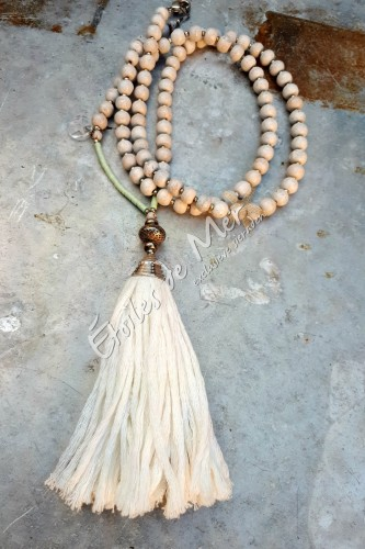Ibiza-ketting met grote witte pompon - a 11